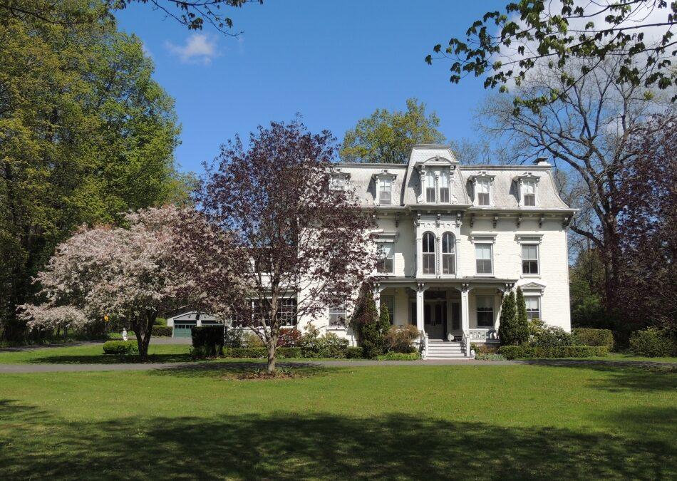 Country Estate Living, Kinderhook, NY 12106